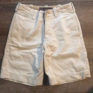 Kacki shorts